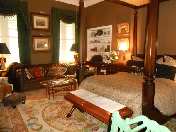 Tiller Suite at Belle Oaks Bed and Breakfast located in Gonzales Texas