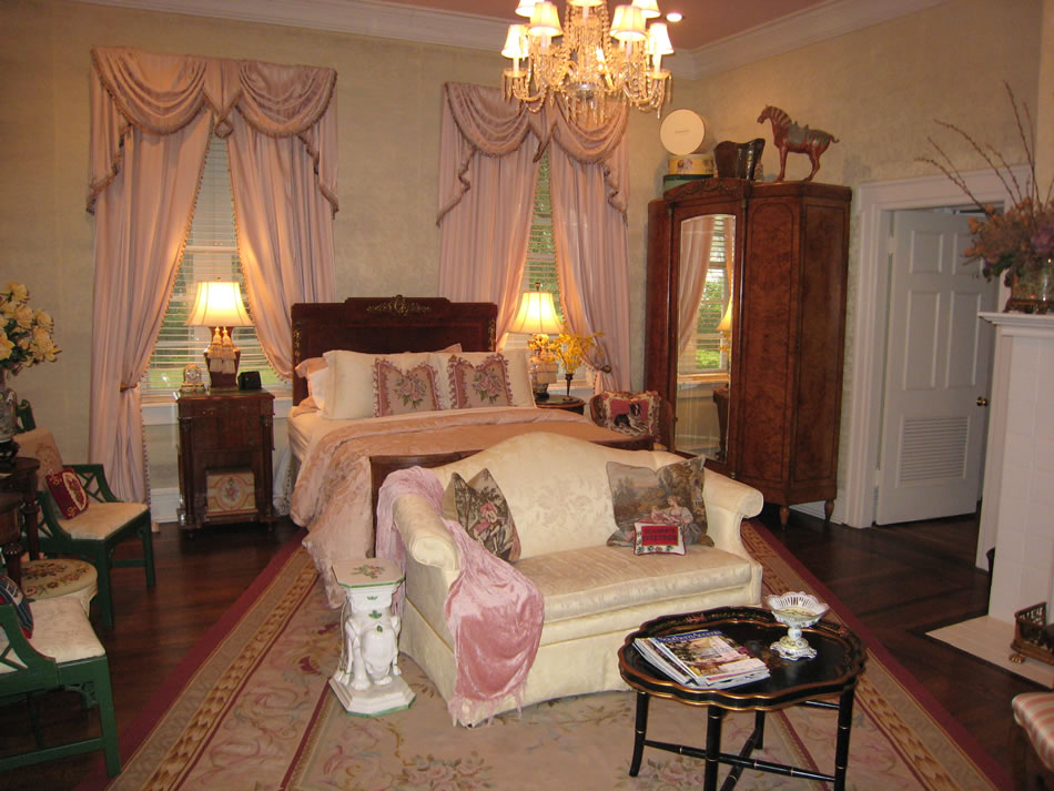 Boothe Room at Bed & Breakfast Room in Gonzales Texas
