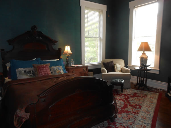 Teal Room at Belle Oaks Bed and Breakfast located in Gonzales Texas
